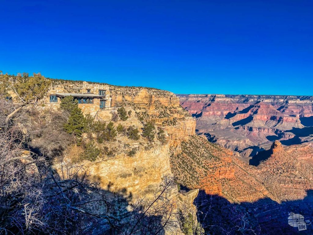 You'll find plenty of services and points of interest at the South Rim of the Grand Canyon.